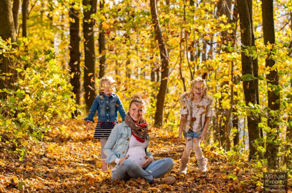 babybauch, shooting, kinder, people, herbst, laub, naturpark, zittauergebirge, oberlausitz, fotos, bilder