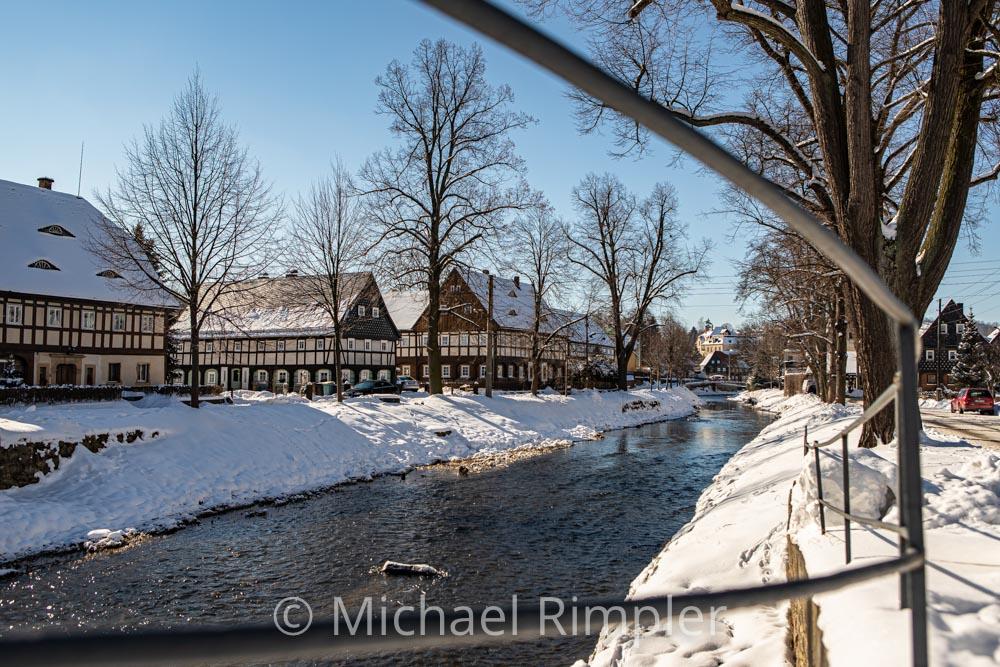 mandau, umgebindehäuser, winter, schnee, textildorf, großschönau, historischer ortskern, naturpark zittauergebirge, oberlausitz, fotos, bilder