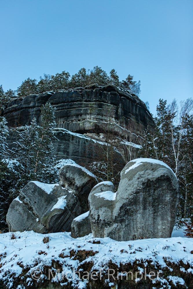 oybin, berg oybin, hexenstein, handschul felsen, felsen, winter, schnee, naturpark zittauergebirge, oberlausitz, fotos, bilder